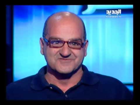 شاهد بالفيديو:رجل لبناني اشتاق لوالدته… فنبش قبرها… والتقط سيلفي معها !؟