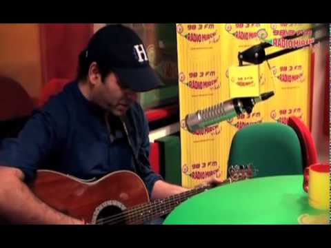 Mohit Chauhan sings Tumse Hi from Jab We Met on Radio Mirchi - Unplugged