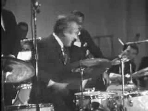 Gene Krupa & Buddy Rich Famous Drum Battle