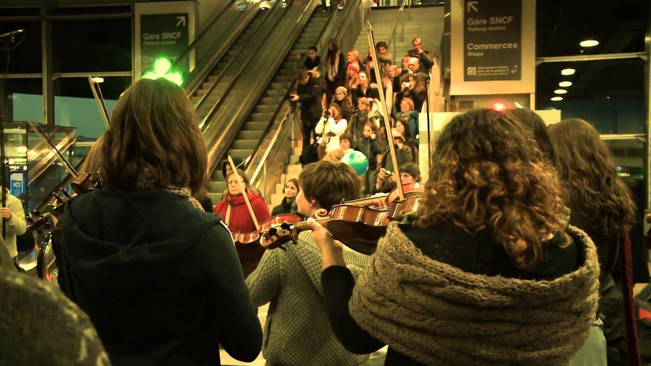 Flashmob 16/11/2013 - Orchestre des Jeunes de Lyon - Centre d'échanges de Lyon- Perrache