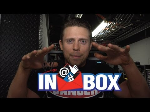 """Give your best impression of another Superstar - """"WWE Inbox"""" - Episode 29"""