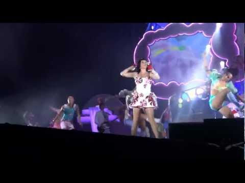 Katy Perry - Intro + Teenage Dream HD - São Paulo 25/09/2011