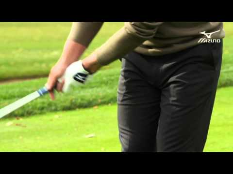 Luke Donald:  Mizuno Masterclass 15 / Chip and run grip