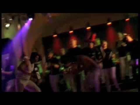 Flavio Marques & Capoeira Show