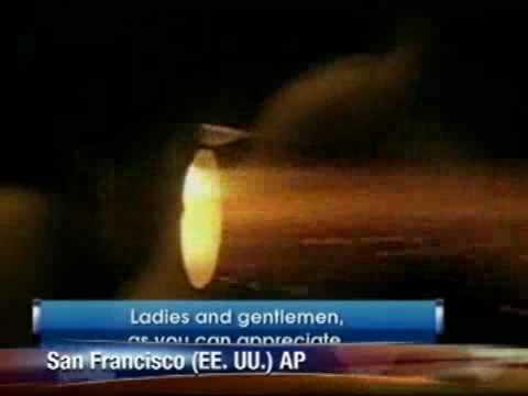 Explotó turbina en pleno vuelo  Pasajeros grabaron la emergencia   CaracolTV com