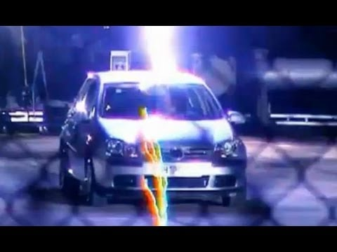 Top Gear - Richard Hammond struck by lightning in car - BBC