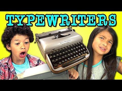 بالفيديو شاهد ردة فعل أطفال اليوم عند مشاهدة الآلة الكاتبة