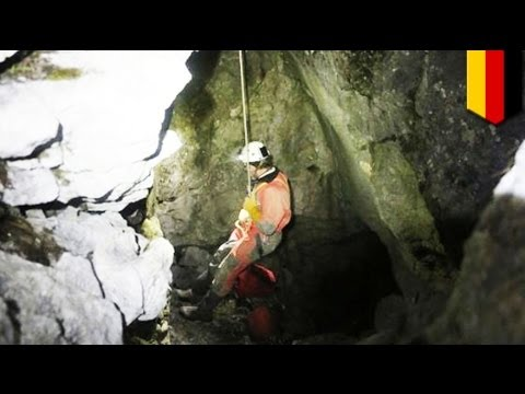 Caving accident in Riesending Cave, Germany: man trapped in 1000-meter deep cave