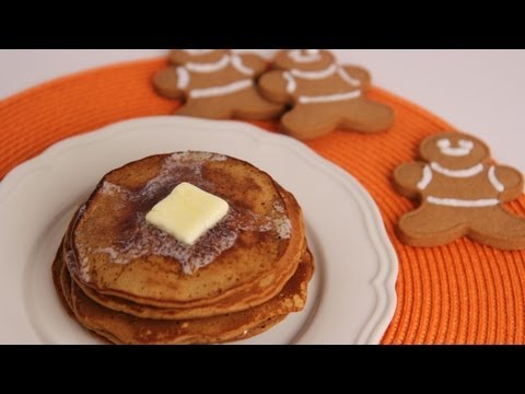 Gingerbread Pancakes: Christmas Morning Breakfast