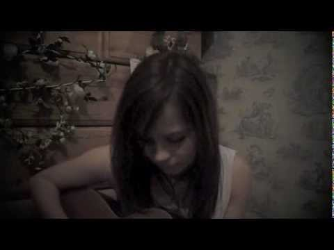 Not Such A Cruel World - Gabrielle Aplin (original)