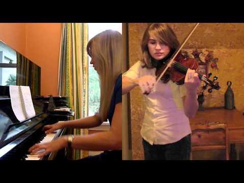 Lara and Taylor play the Morrowind & Skyrim themes!
