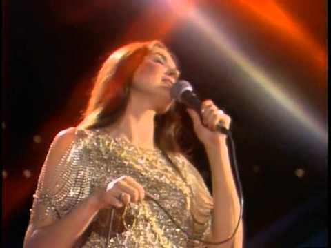 The Midnight Special More 1977 - 12 - Crystal Gayle - Don't It Make My Brown Eyes Blue