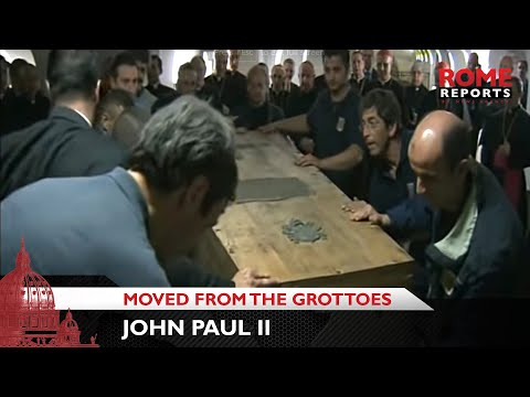 First images of John Paul II being moved from the grottoes