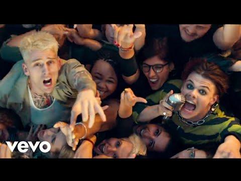 Machine Gun Kelly, YUNGBLUD, Travis Barker – I Think I'm OKAY