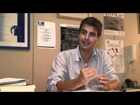 Intervista al prof. Alberto Lucarelli sulla privatizzazione dell'acqua