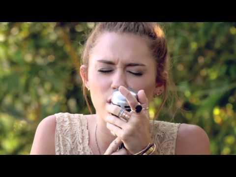 "Miley Cyrus - The Backyard Sessions - ""Jolene"" - UCn7dB9UMTBDjKtEKBy_XISw"