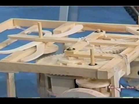 Leonardo da Vinci Automobile robot prima ricostruzione 2004 - Mario Taddei - Edoardo Zanon RAI2