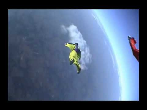 Bizarno skakanje sa litice &#8211; Base Jumping