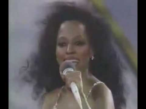 diana ross - muscles -wXtnABtbVSc