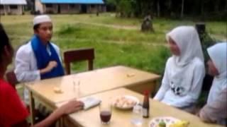 Haji Tomcat vs Utuh Kukura Pergaulan Remaja.wmv