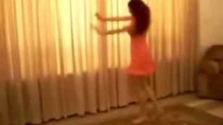 Nice Iranian girl ,,sexy dance,, view on youtube.com tube online.