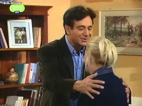 Μαμά και γιος (2002) 4ο Επεισόδιο [Για Ένα Βαζάκι Καβούρια]