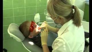 Как научить ребенка не бояться лечить зубы