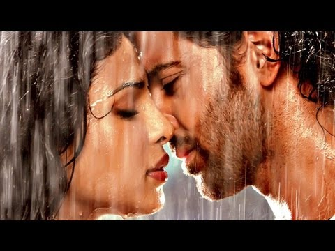 Agneepath - Movie Review by Taran Adarsh - Hrithik Roshan & Sanjay Dutt