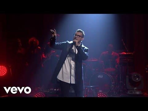 Stanaj - Ain't Love Strange (Live On The Tonight Show Starring Jimmy Fallon) - UCx-xCsbTg0sWO3vdeCiZfjA
