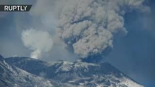 В Италии снова активизировался вулкан Этна (18.02.2019 19:06)