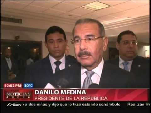 Danilo Medina acude a velatorio de Feris Iglesias y destaca sus cualidades