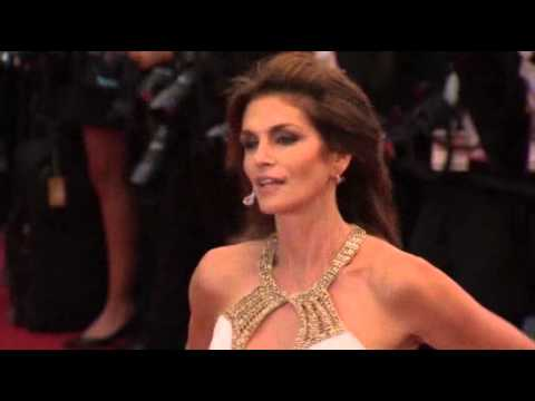 $1 Million in Jewels Stolen at Cannes Film Fest        (celebrity)