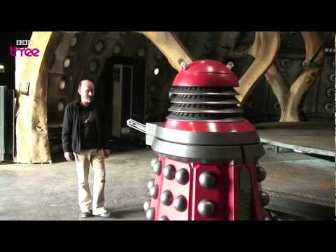 Charlie McDonnell Becomes A Dalek - Doctor Who Confidential - BBC Three