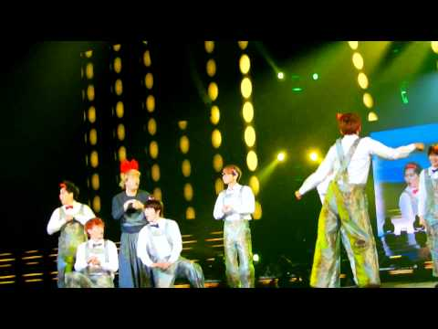 [HD Fancam] 120429 SS4INA Funny Song of Super Junior