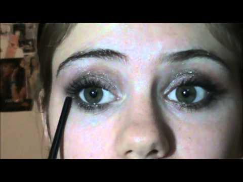 Indie Inspired Smokey Eye Makeup Tutorial