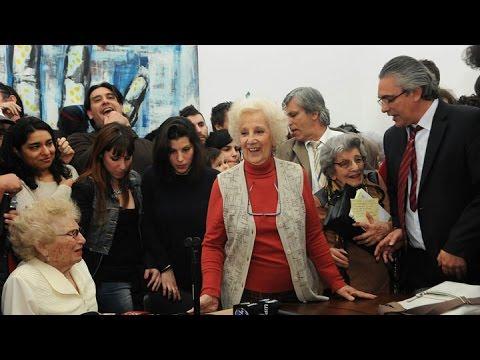 <b>Estela de Carlotto tras recuperar a su nieto:</b> &quot;Este es un triunfo de los argentinos&quot;