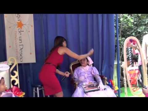 Rebe de una Familia con Suerte! es Mayrin Villanueva en la Magia de un Deseo!!