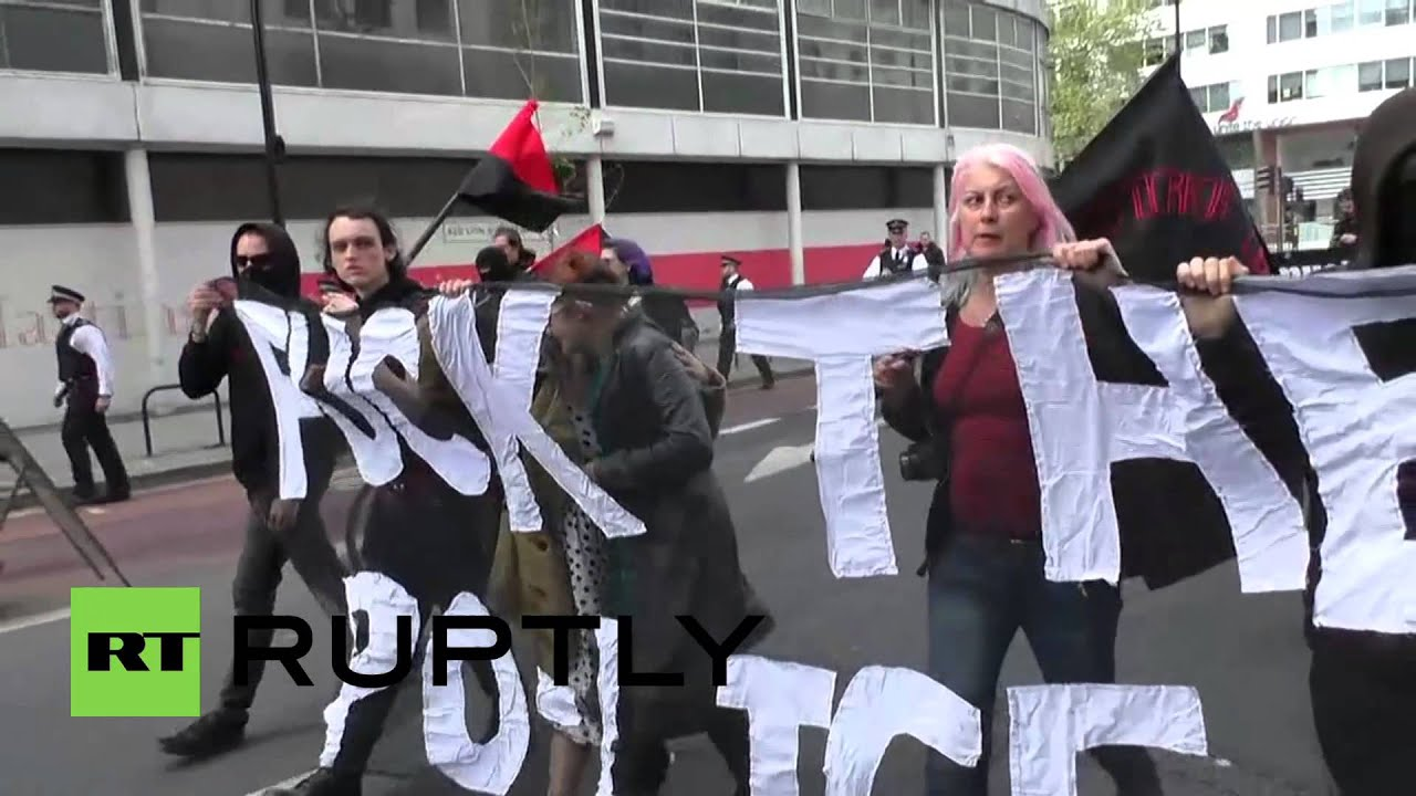 UK: Scuffles break out at London May Day rally