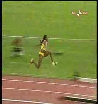 Trecia Smith wins World Triple Jumps Championship (2005)