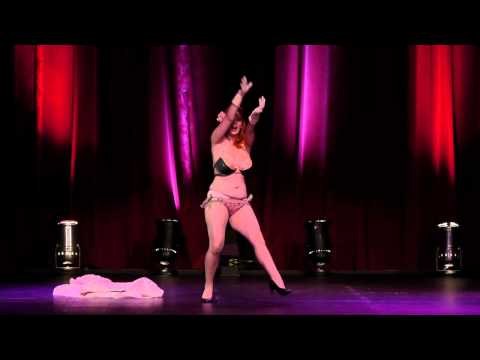 Jolie Goodnigh - Viva Burlesque All that glitters June 2011