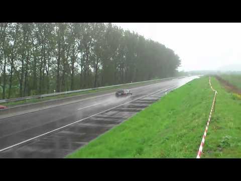 Mein S4 beim Beschleunigungsrennen ;)