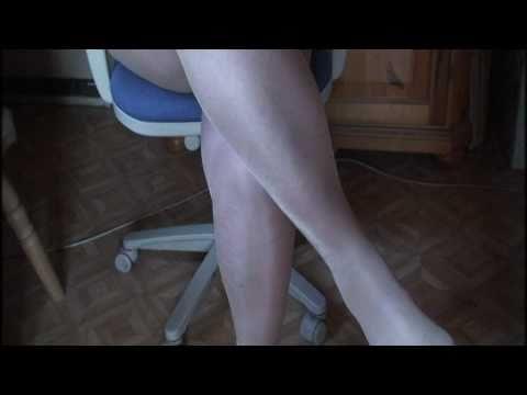 sexy crossed legs Directorscut