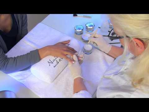 UV Gel Nagelmodellage Mit Nagel Tips Fu00fcr Ku00fcnstliche Fingernu00e4gel | Nded.de