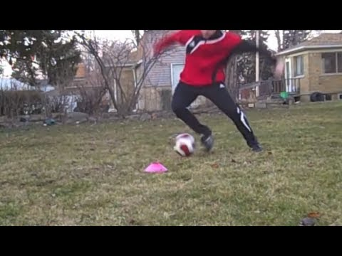 How To Do The Reverse Elastico Matthews Soccer Football Move