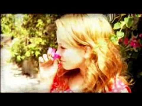 שלומי שבת - ואני שר (הקליפ הרשמי)