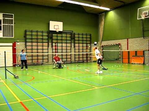 Aangepast Badminton met een Axtion DP sportprothese