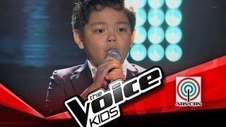 這名8歲的小男孩參加好聲音,才剛唱出第一句,老師就馬上全為他轉身了。