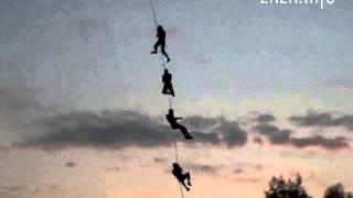 Пять человек прыгнули с Житомирского моста