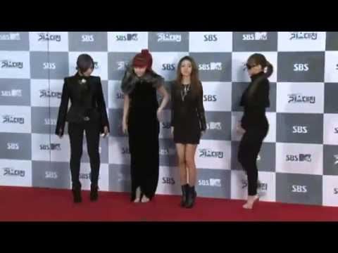 [111229] 2NE1 - Red Carpet [2011 SBS Gayo Daejun]
