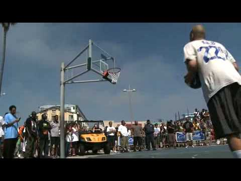 NBA Star LeBron James gets beat by David Kalb - Horse in Venice, California